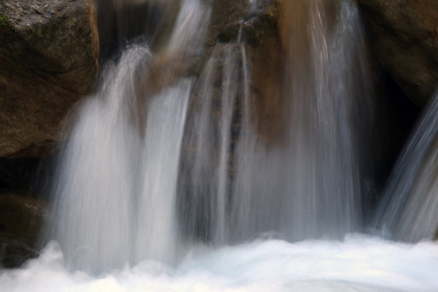 uvas canyon waterfall loop12