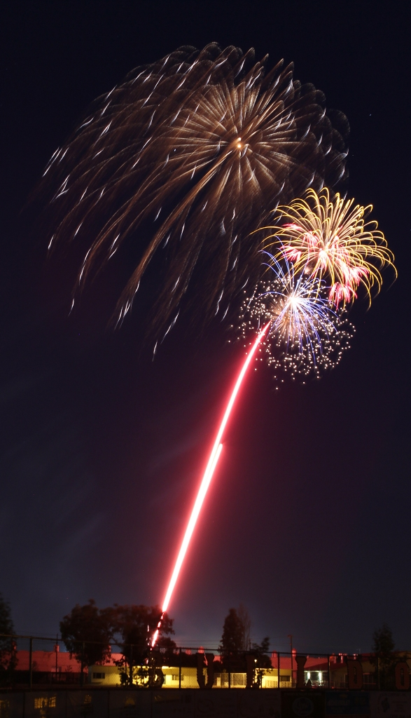 july 4th fireworks1  07-10-15