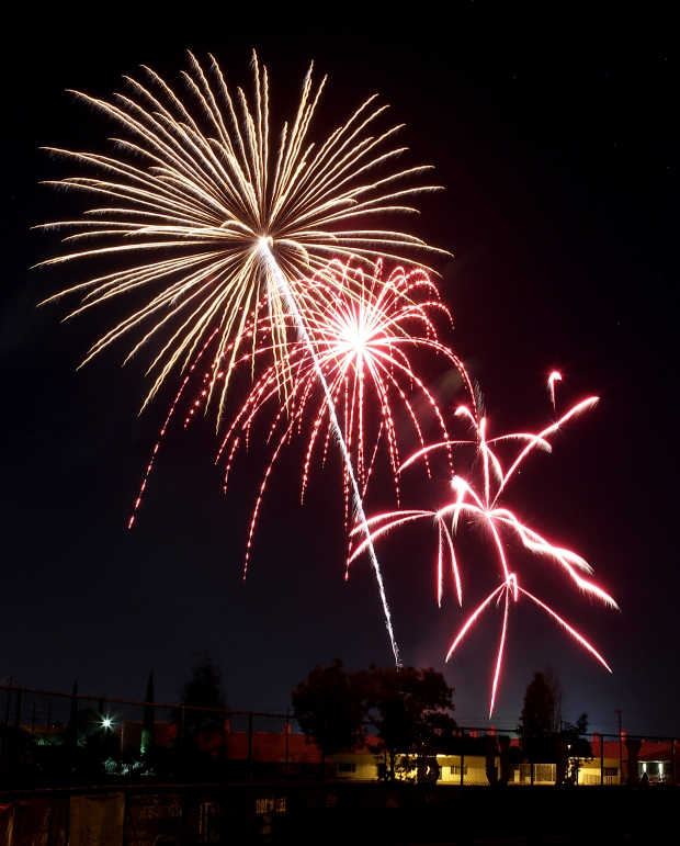 july 4th fireworks2  07-10-15