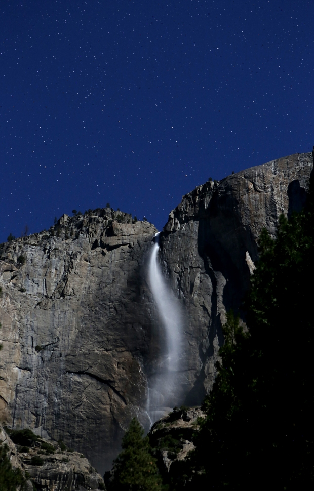 yosemite-falls-supermoon6