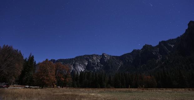 yosemite-meadow-supermoon3