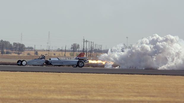 jet-car-race4